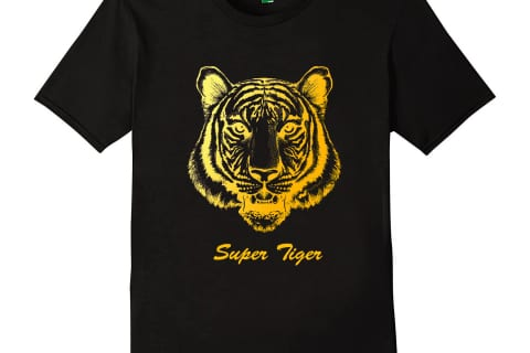 Áo màu đen họa tiết con hổ in nhũ vàng đẹp sang